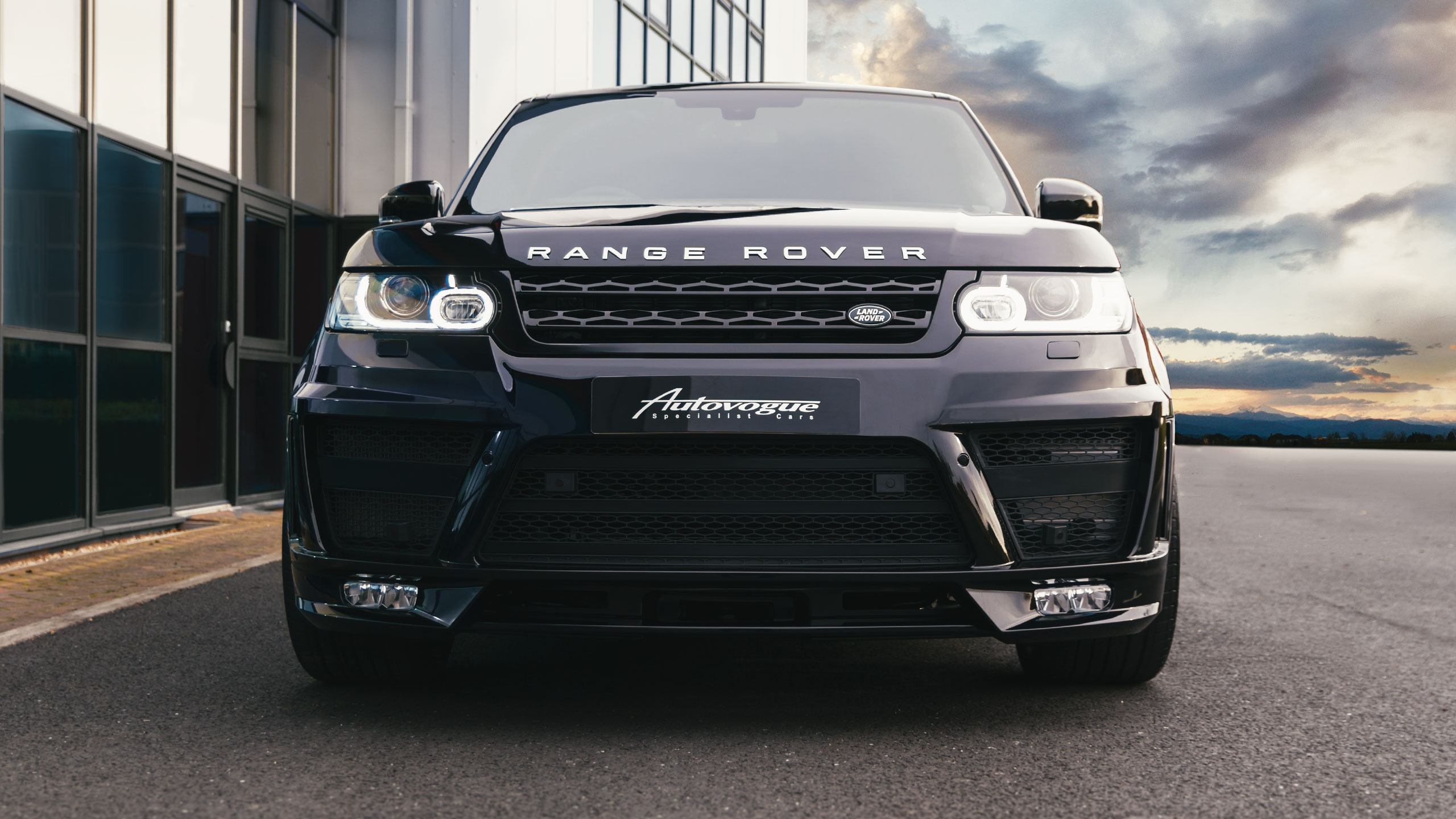 Range-Rover-Front-Front